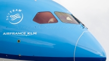 KLM Boeing 787-9 Dreamliner Cockpit