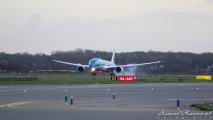 1e landing van een KLM 787 op Schiphol