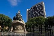 48 - Standbeeld / Statue