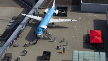 KLM F100 op het panorama terras