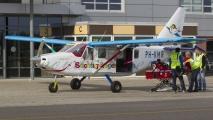 Vliegen terwijl je op een brandcard ligt? \'t kan bij Stichting Hoogvliegers in de PH-KMR!