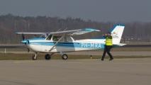 PH-MRA komt aan op Eindhoven