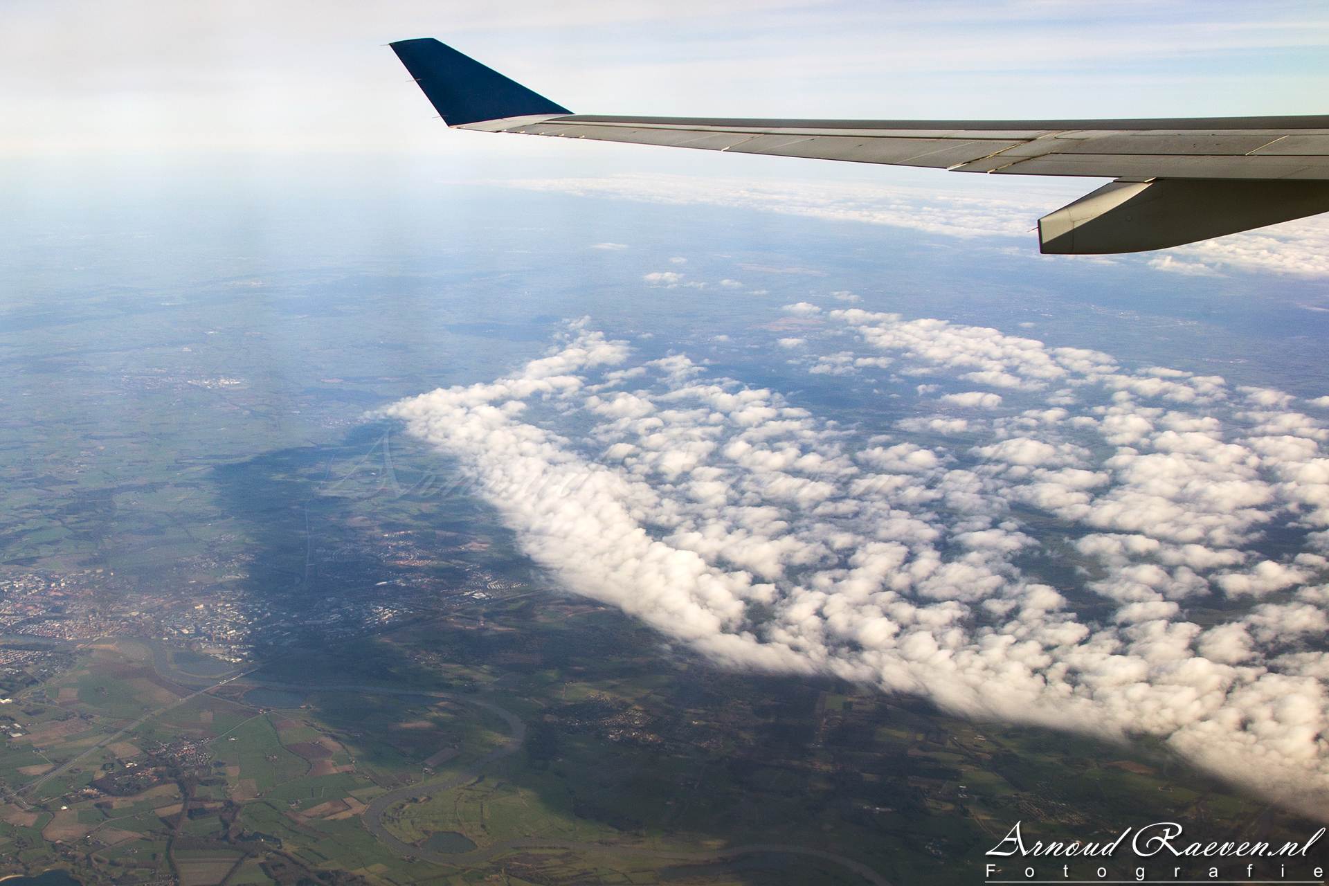 Mooie wolken, met schaduw