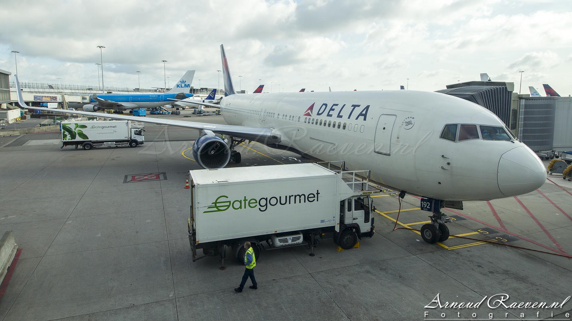 Delta Airlines Boeing 767-300ER Winglets N192DN