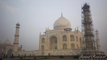 Taj Mahal (vanaf de rechterkant)