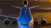 Laatste MD-11 lijnvlucht met passagiers arriveerd op Schiphol