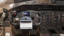 Cockpit van de ATR42 (9N-AIT)