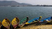 Bootjes om het Phewa lake over te steken
