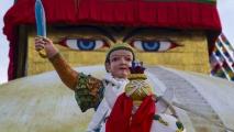 Standbeeld bij de Boudhanath Tempel