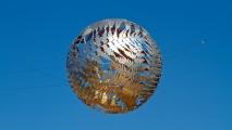 Zilveren bol boven het Civic Centre in Wellington