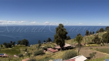 Uitzicht vanaf Taquile richting Bolivia