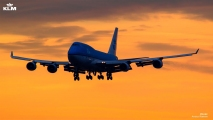 KLM 747 sunset photo used on KLM's Facebook page (2013)