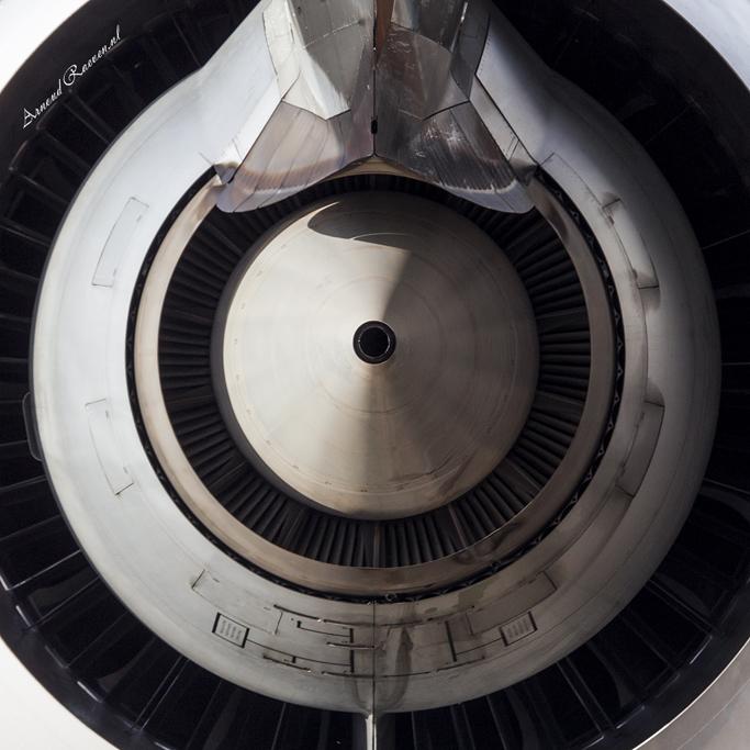 Closeup van een 777 GE90 motor